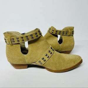 Matisse Neil studded buckle bootie leather suede 8